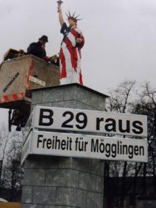 Miss Liberty im Ostalbkreis, Protest für den Bau der Umgehungsstraße Mögglingen